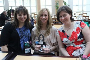 With Gina Maxwell & Ruthie Knox (and Flat Kindle Gal)